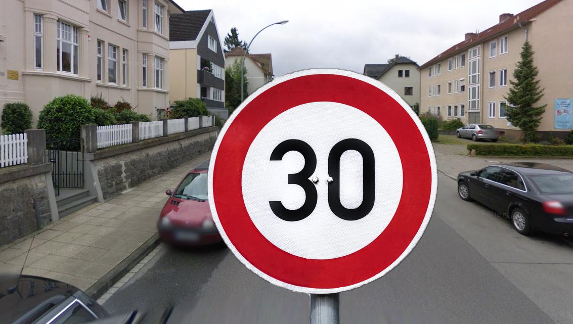 """Heiß umstritten: """"Tempo-30-Pläne für die Beckhausstraße"""""""